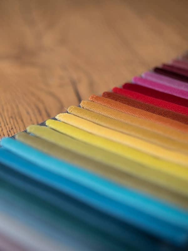 stoff-farbauswahl-innenarchitektur
